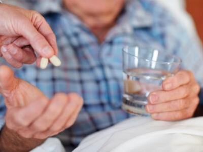 Острый цистит у мужчин лечится с помощью антибиотиков