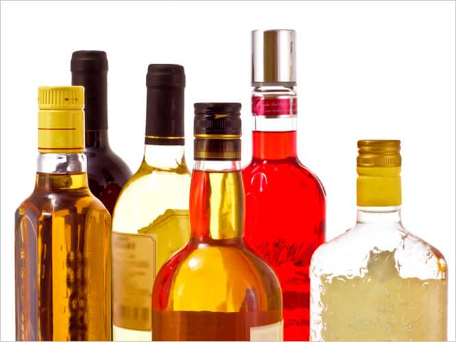 Алкоголь может состоять причиной возникновения симптомов слабой эректильной дисфункции