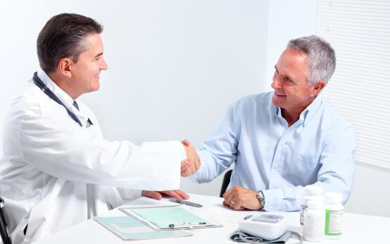 Симптомы мужской «менопаузы» легко поддаются лечению: Анджали Мукерджи