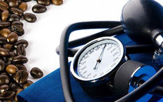 Можно ли пить кофе при гипертонии: угроза кофеина преувеличена?