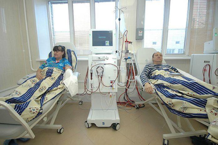 Пациенты на процедуре гемодиализа