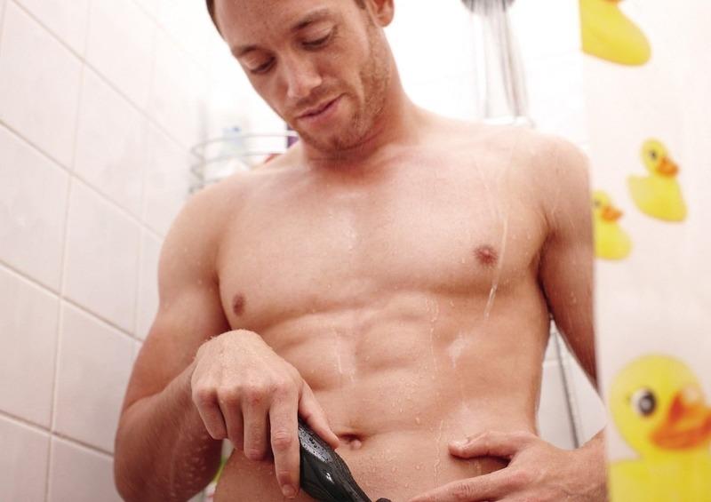 Нужно ли мужчинам брить интимную зону: все за и против
