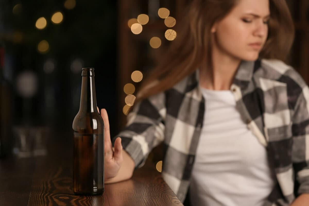 Лечение женского алкоголизма: возможно ли это?